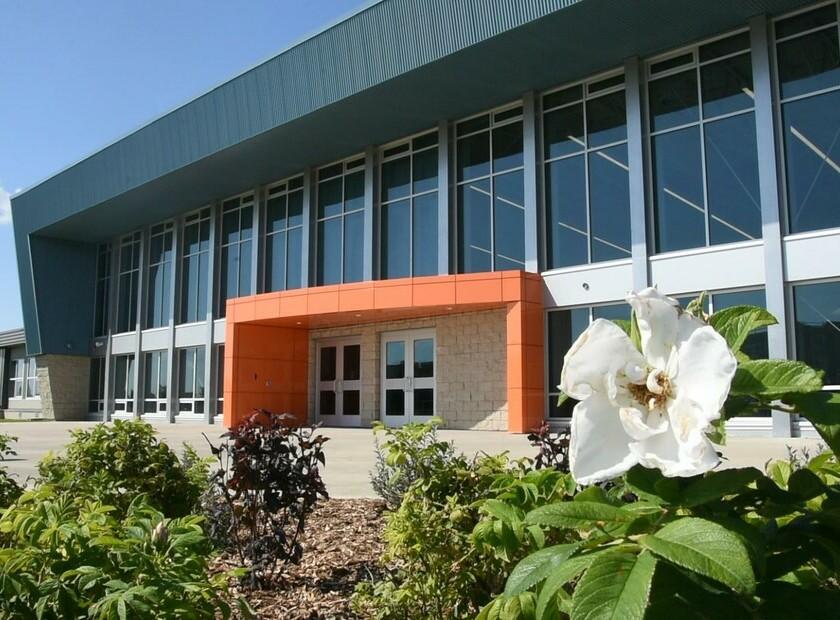 École St. John Paul II School