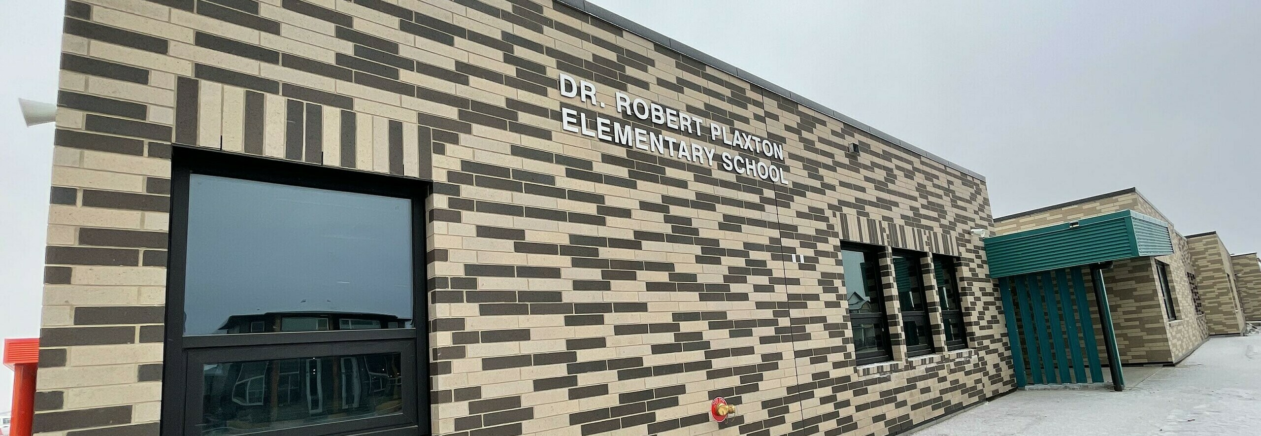 Dr. Robert Plaxton Elementary School Banner Photo